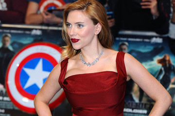 Here's How Scarlett Johansson Hid Her Baby Bump While Filming the Latest 'Avengers'