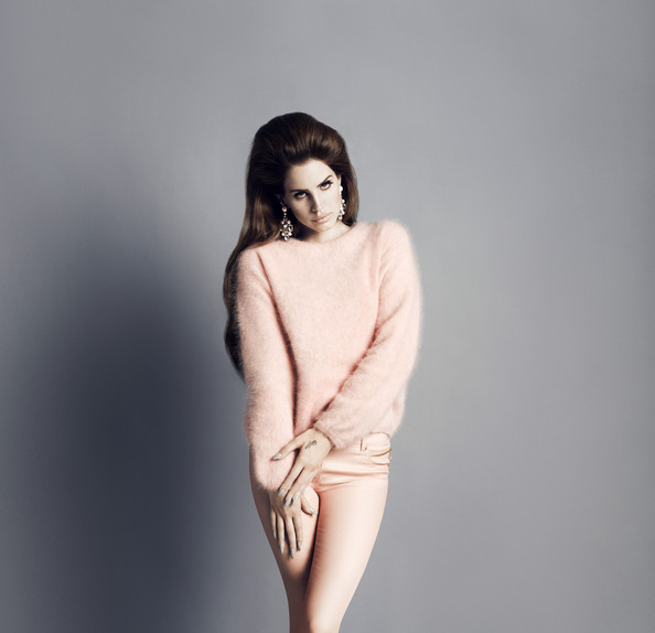 Lana Del Rey Will Model for H&M This Fall!