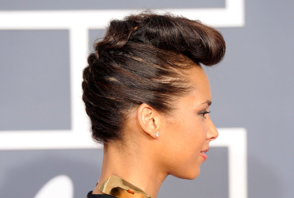 Alicia Keys\' French Braid and Reverse Roll - How To Hairstyles ...