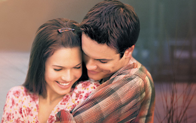 Feel Old Yet? Mandy Moore Remembers 'A Walk to Remember' on the Movie's 15th Anniversary
