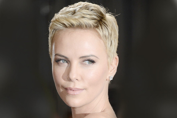 Charlize Theron's 10 Most Dramatic Beauty Transformations