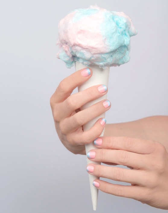 The Sweetest DIY Manicure: Cotton Candy Ombre