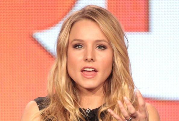Video of the day kristen bell loves sloths has panic attack video