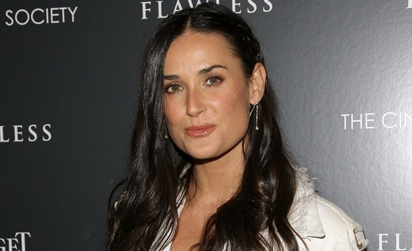 8 Demi Moore 39Striptease 39