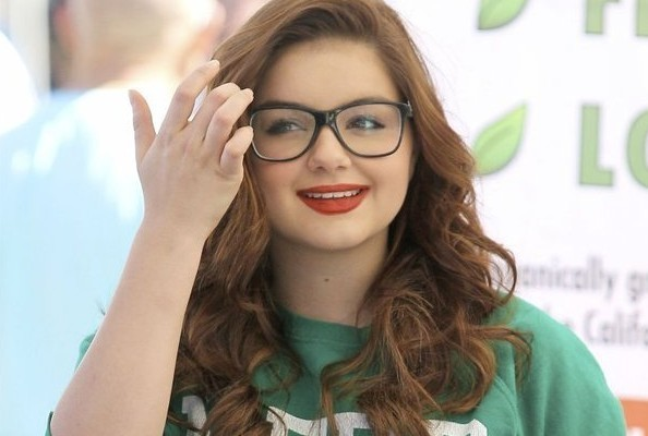 Guess What it Says on Ariel Winter's Shirt?