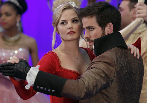 'Once Upon a Time' Finale Preview: The Dance of Captain Swan