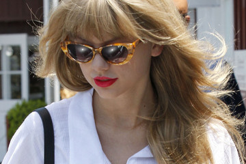 How to Rock a Daytime Red Lip