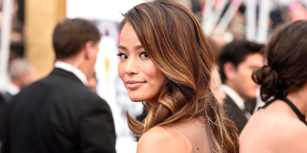 Jamie Chung at the 2015 Oscars.