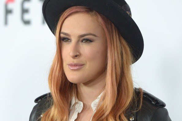 Rumer Willis Has Rose Gold Hair, Thoughts?