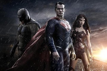 Warner Bros. Promises 10 DC Universe Movies in the Next 6 Years!