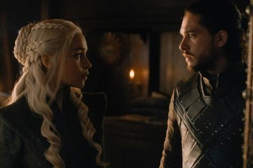 Why Falling in Love With Jon Snow Could Mean Daenerys Targaryen's Death