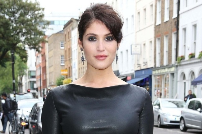 Gemma Arterton's Darkly Chic Leather Dress