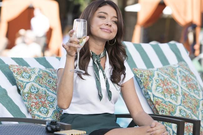 Sarah Hyland Confirms Her 'Modern Family' Character Is Bisexual