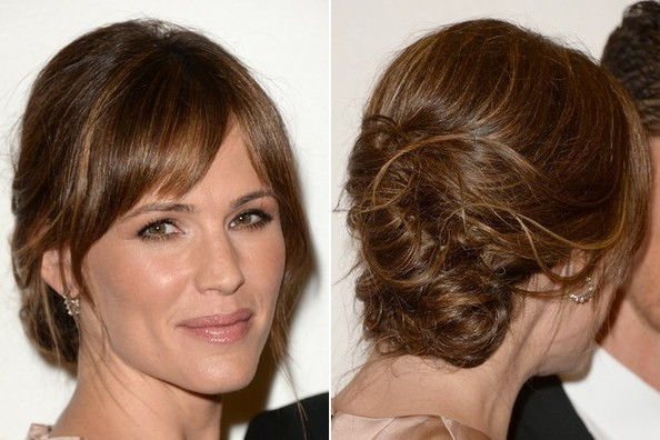 Quickly Get the Look: Jennifer Garner's Marvelously Messy Updo (In 5 Minutes Flat!)
