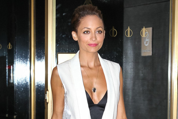 Found: Nicole Richie's Outfit-Making $65 Pendant Necklace