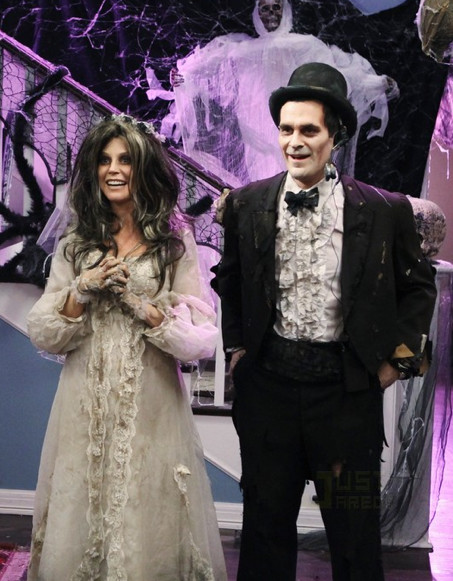1403693114e Zombie Bride and Groom - The Greatest Halloween Couples' Costumes on ...