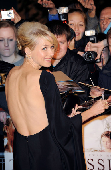 Naomi Watts's Major Sleeve Action—Let's Discuss