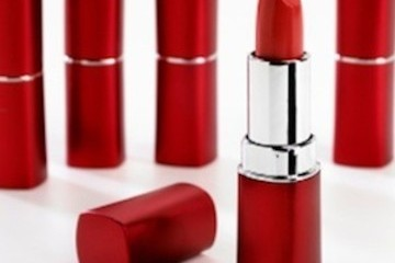 Seeing Red: Jessica Loves Red Lips