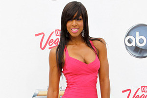Kelly Rowland Is Haute for Color
