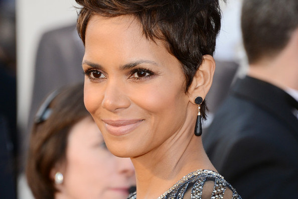 Halle Berry's Fragrance Secret Is One Part Smart, Two Parts Strange