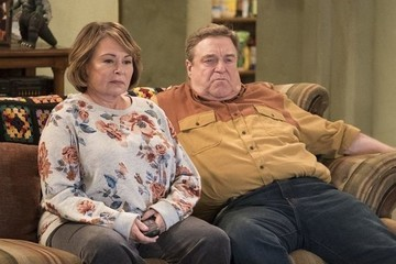ABC Cancels 'Roseanne' Following Roseanne Barr's Offensive Tweets