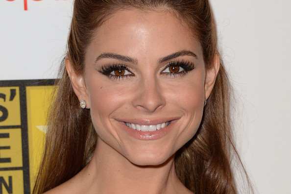 Obsessed: Maria Menounos' Wrapped-Base Half-Up, Half-Down Hairstyle