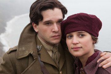 Rising Star Alicia Vikander Wows in Heartbreaking 'Testament of Youth'