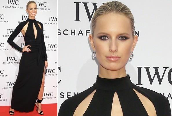 Karolina Kurkova's Slashed Black Gown