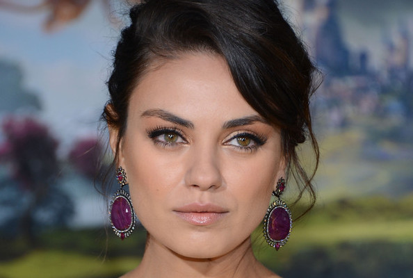 Mila Kunis Goes Retro for 'Oz'