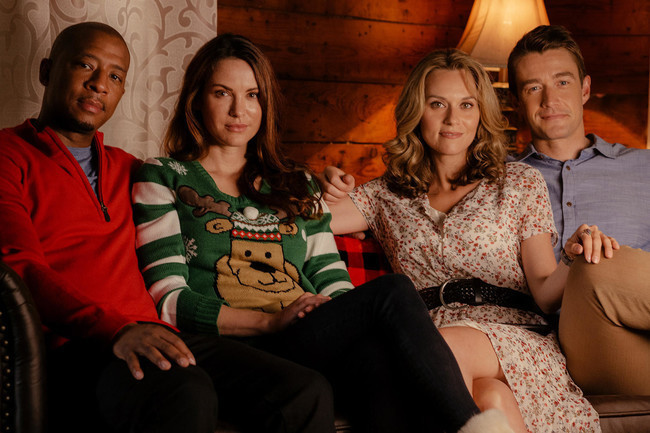 A Christmas Star Cast.The Oth Cast Will Make Your Christmas Wishes Come True