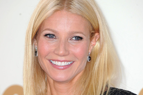 Gwyneth Paltrow and Stella McCartney Reveal Collab, Kate Moss Designs Sneakers, and More!