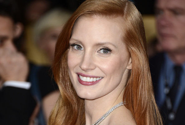 Exactly How to DIY Jessica Chastain's SAG Awards Hair & Makeup