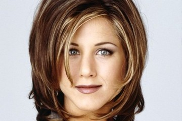This Is What the 'Friends' Cast Looks Like with 'The Rachel' Haircut