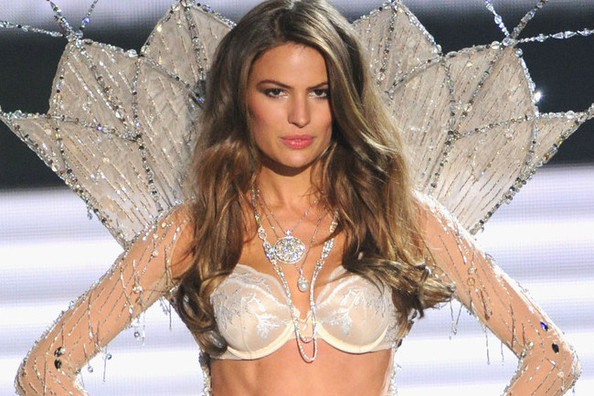 Columbia-Educated Victoria's Secret Model Cameron Russell: 'Looks Aren't Everything'