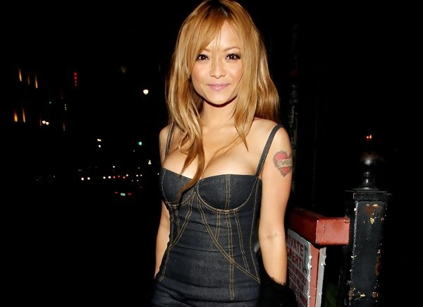 UPDATE: Tila Tequila loses her tiny naked shit Added