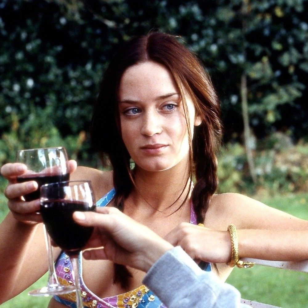 Emily Blunt - Famous Stars And Their First R-Rated Movies ...