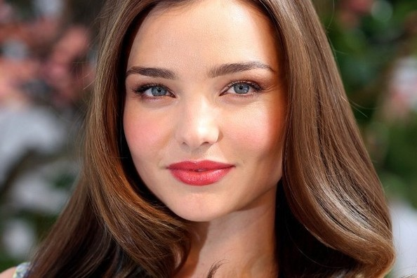 Rumor: Miranda Kerr is Losing Her Angel Wings, Out at Victoria's Secret