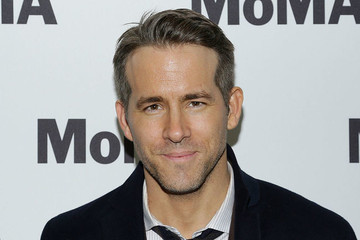 Ryan Reynolds Just Put an End to the 'Hottest Hollywood Chris' Debate With Two Tweets