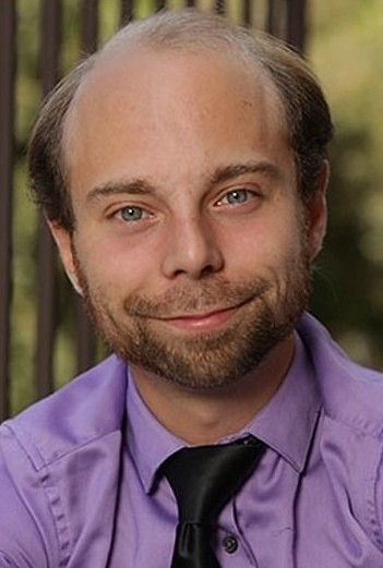beans tv character beans from 'even stevens' now works at a mall - celebrity