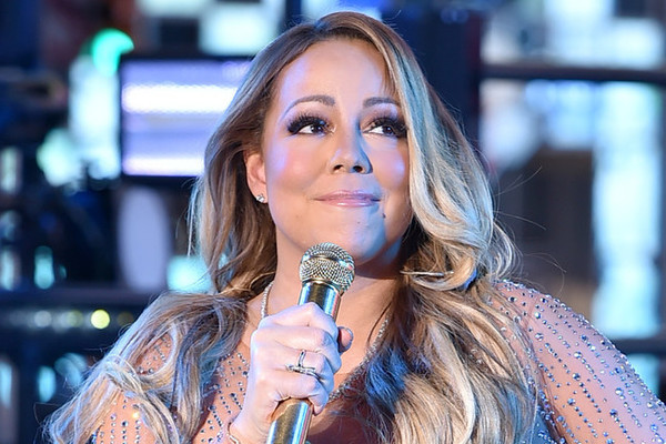 Mariah Carey bungles New Year's Eve performance in Times Square