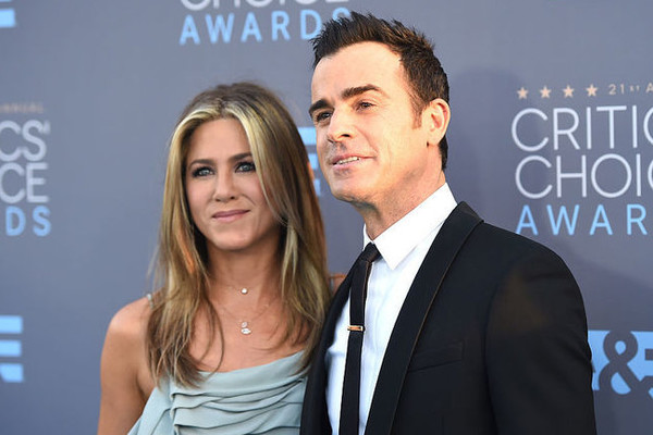 Jennifer Aniston & Justin Theroux Separate After 2 Years Of Marriage