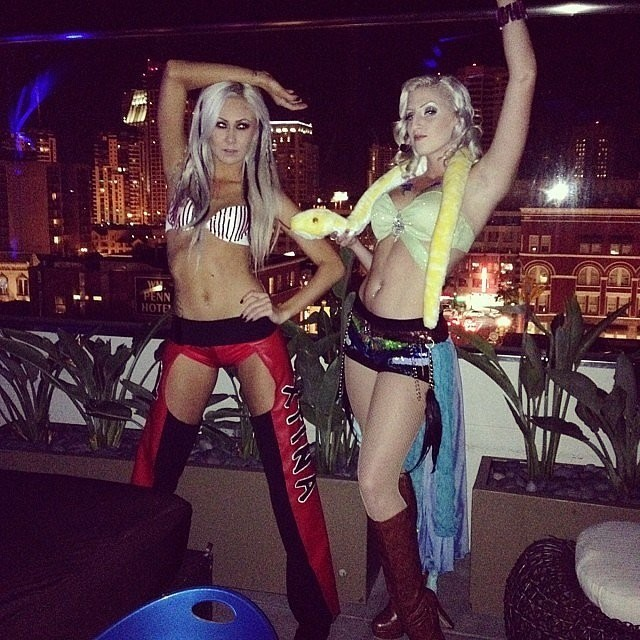 christina aguilera and britney spears the best halloween costume ideas for you and your bff zimbio - Christina Aguilera Halloween