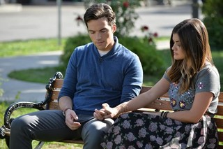 'Pretty Little Liars' 5.22 Recap: OrAnge Is The New Ali