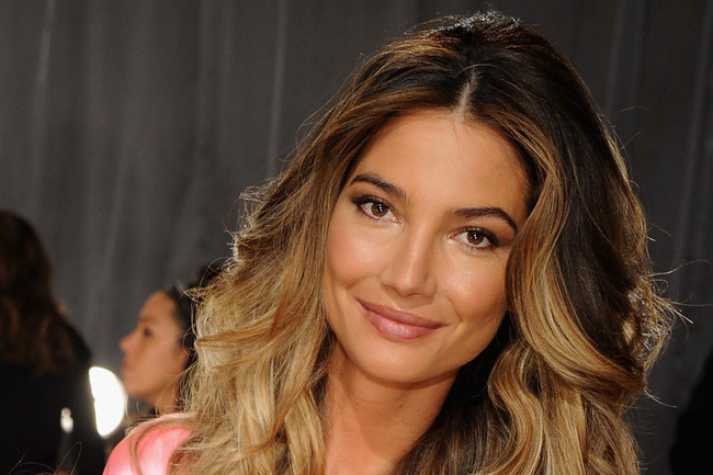 What Lily Aldridge Eats Before Showtime, 25 Ridiculously Healthy Foods, and More