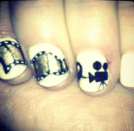 And The Award for Best Golden Globe Nail Art Goes To...