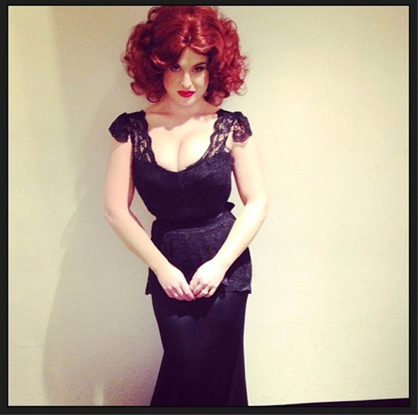 Celebrity Halloween Costumes - Instagram Edition · Kelly Osbourne as Mad Menu0027s ...  sc 1 st  Zimbio & Kelly Osbourne as Mad Menu0027s Joan Holloway - Celebrity Halloween ...