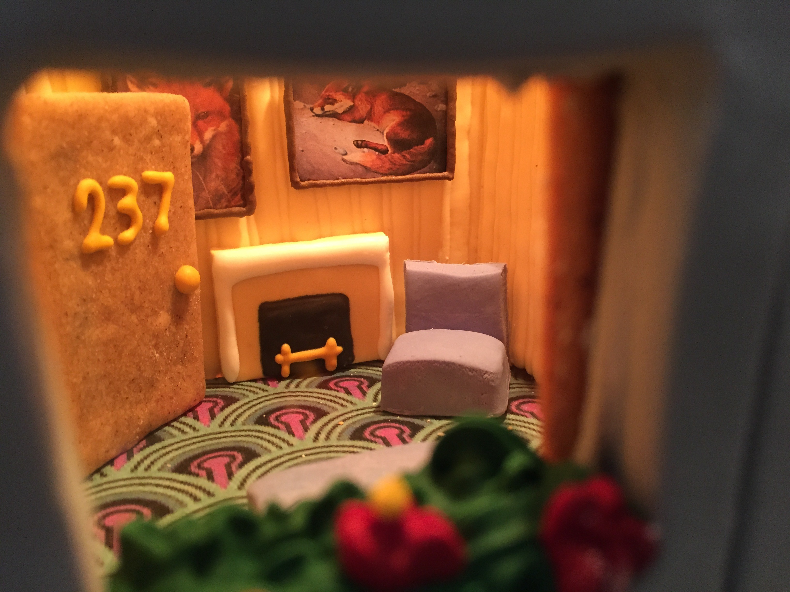 Someone made an amazing gingerbread replica of 39 the for Overlook hotel decor