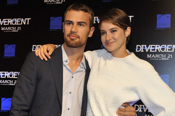 Shailene Woodley and Theo James Are Not Really Thinking About the Prospect of Overwhelming Popularity
