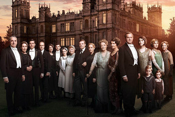 These Photos From the Final Season of 'Downton Abbey' Will Make You a Bit Misty-Eyed