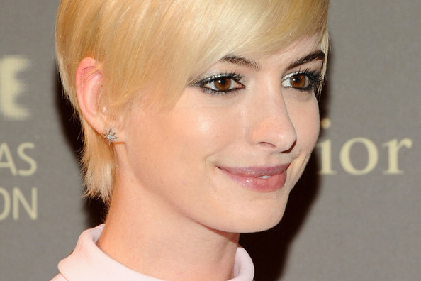 Anne Hathaway is Still a Blonde! For Now At Least.